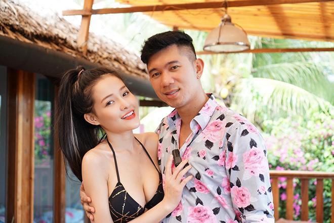Hình ảnh Ngân 98 đang gắn bó với Lương Bằng Quang