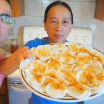 How to make Banh Beo ( Vietnamese Steamed Rice Cake) Cooking with MOMMA TRAN | Recipe | MUKBANG